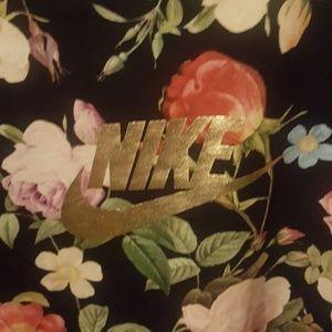 Floral print Nike t shirt (mens)